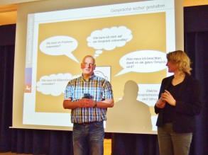Fragen über Fragen: Elternratsvorsitzender Thomas Lange eröffnete die Veranstaltung.