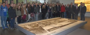 Die 500. Schulklasse besucht die Gedenkstätte Esterwegen.