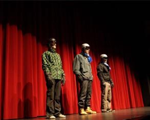 ... bis zum Abstecher in den Skiurlaub nach Österreich reichte die Themenpalette der Varieté-Show des Windthorst-Gymnasiums.