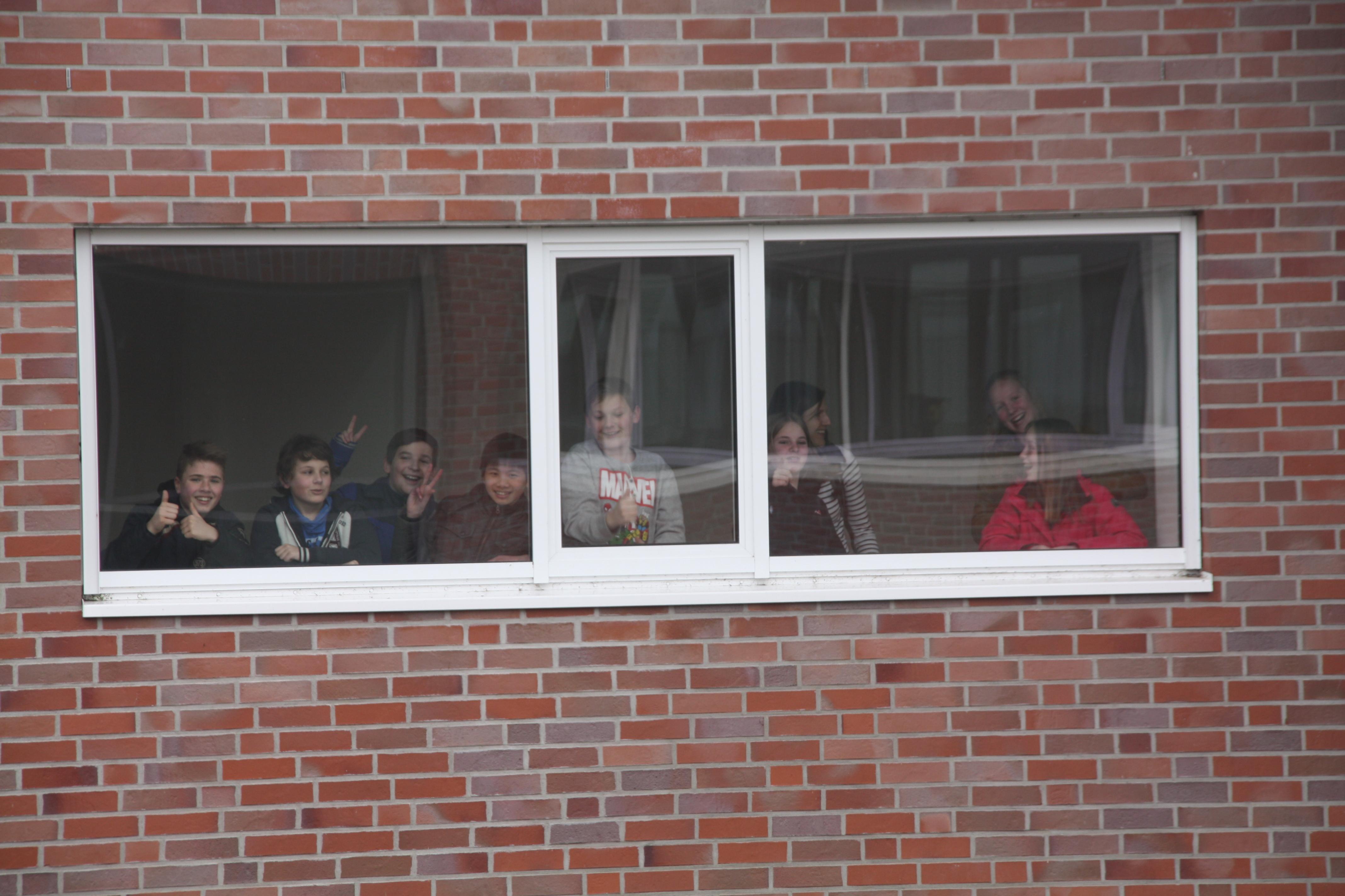Zuschauer aus dem E-Gebäude