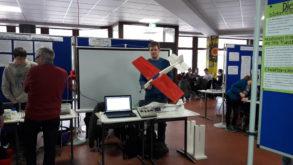 Michael Fricke präsentiert sein Heliflugzeug